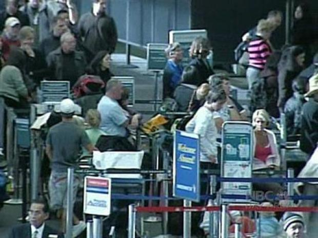 [BAY] Frustrated Travelers Deal With Bay Area Flight Delays