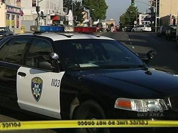 [BAY] Shoot-out on Oakland Streets Leaves One Dead