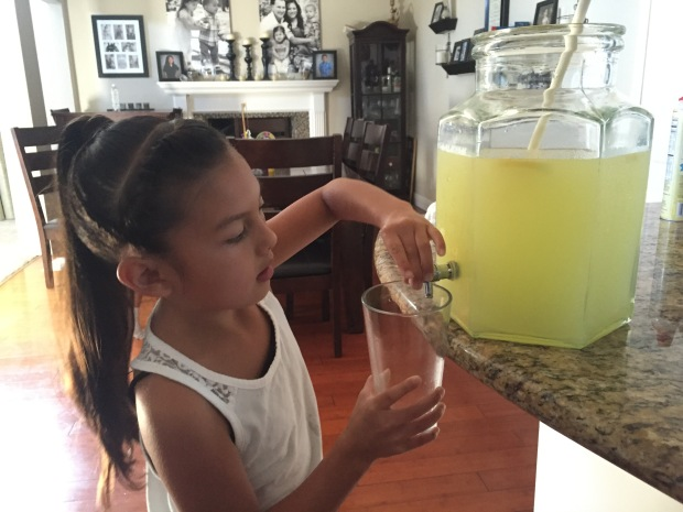 [BAY] Pittsburg Girl Raises $1400 for East Bay Charities with Lemonade Stand
