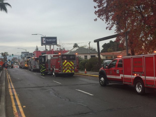 San Jose Firefighters Respond to 2-Alarm Fire at Abandoned Building