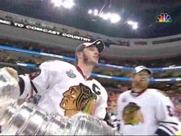 [CHI] Hawks Hoist Lord Stanley's Cup