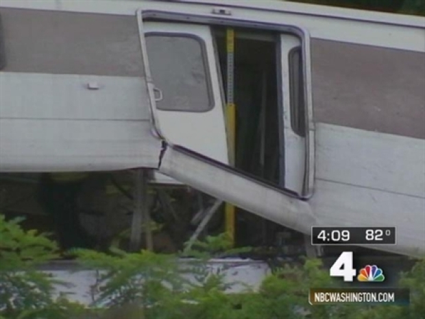 [DC] Riders Split Over Taking Metro After Crash