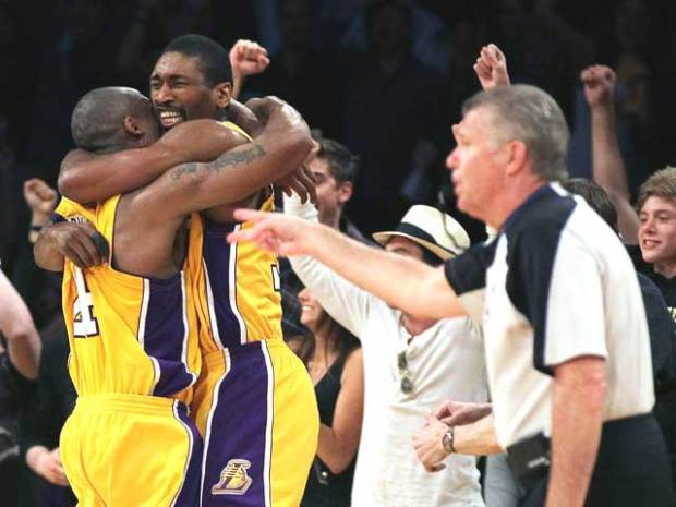 Lakers Playoff Images: Artest to the Rescue