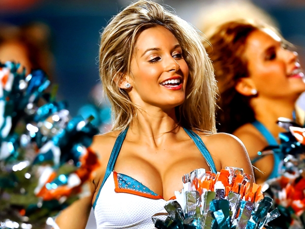 [NATL] NFL Cheerleaders 2012: Ladies of the Gridiron
