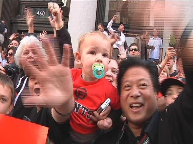 [BAY] Video Archive: Giants Fans View of the Parade