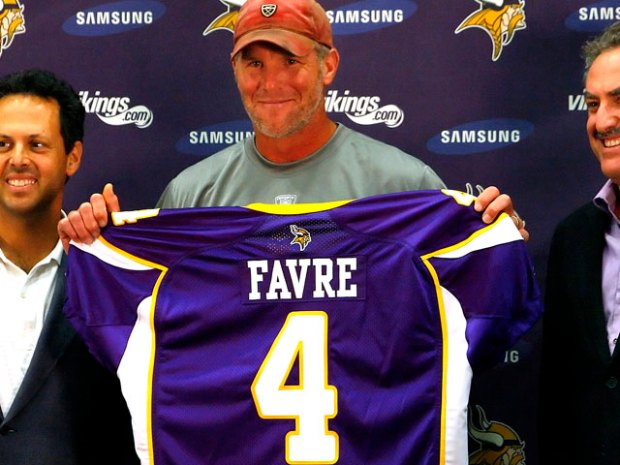 Favre Top Seller Among NFL Jerseys