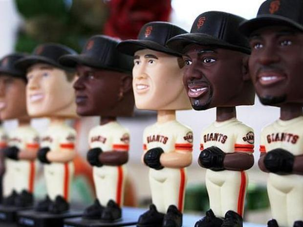 [BAY] Giants Bobblehead Bonanza