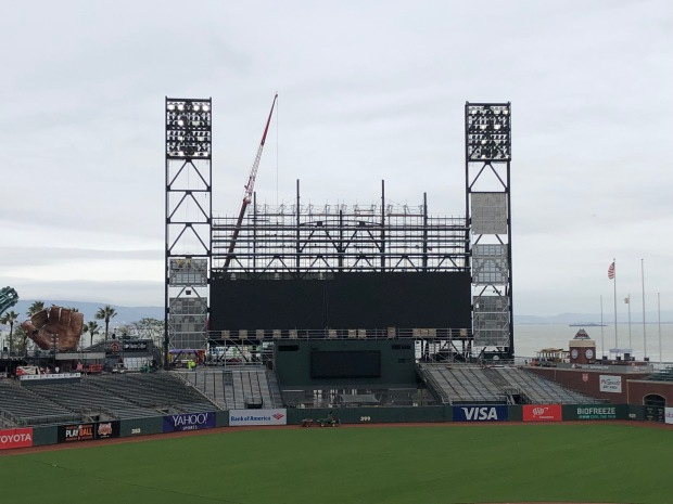 New Oracle Park Scoreboard to Debut at Giants Opener