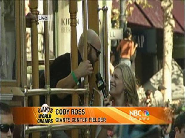 [BAY] Raw Video: Cody Ross Along the Parade Route