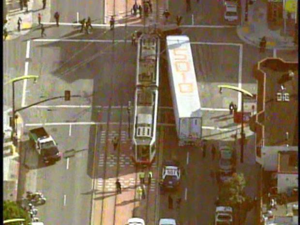 Semi Truck Hits 3rd Street Light Rail