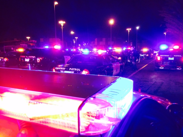 """150 Cars Show Up for """"Sideshow"""" Near Ferguson Protests at Port of Oakland"""