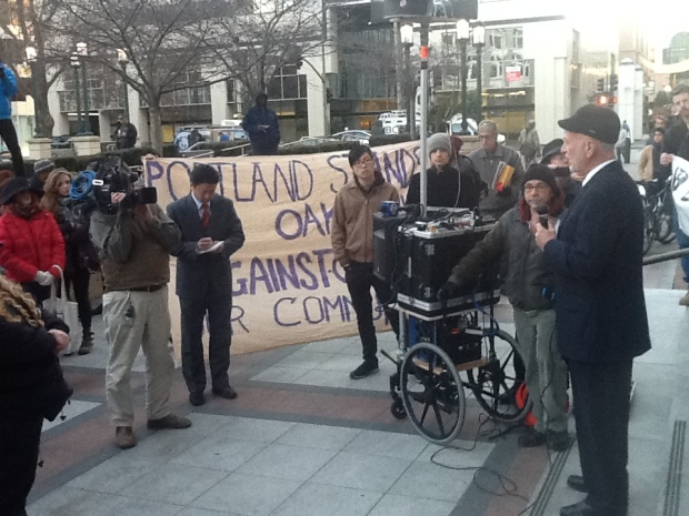 [BAY] Oakland Activists Try to Stop Bill Bratton Deal