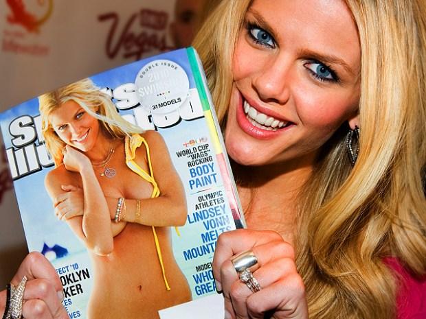 [NTSD] NitePics: Sports Illustrated Swimsuit Models Sizzle at Soiree