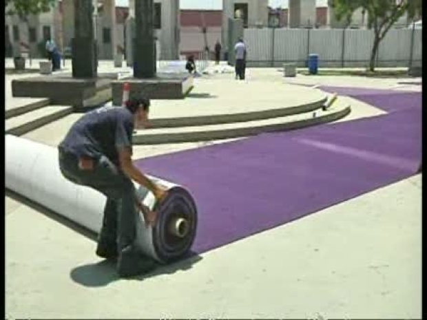 [LA] LA Preps for Lakers Victory Parade