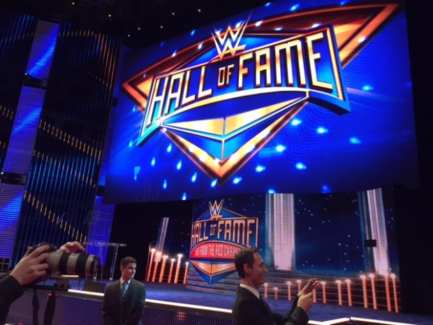 [BAY] Fans Gear Up for WrestleMania With HOF Ceremony