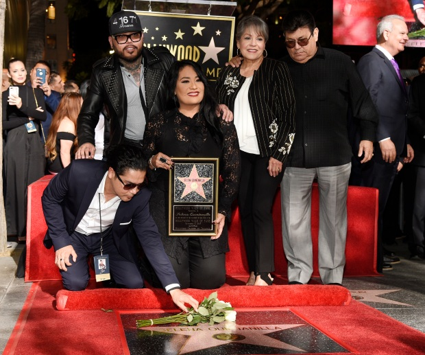 [UPDATED 11/3] Stars Honored on Hollywood Walk of Fame in 2017