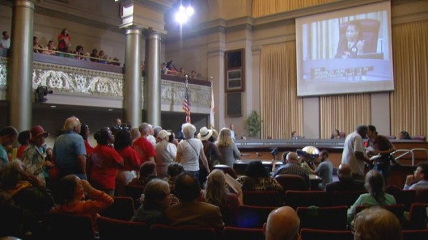 [BAY] Oakland Considers Emergency Moratorium on Rent Increases