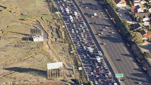 Shooting Triggers Traffic Gridlock on Hwy. 101 in San Mateo