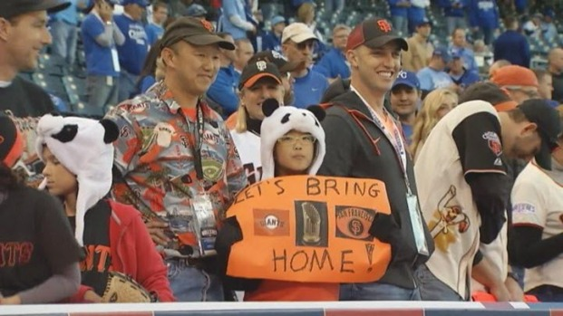 [BAY] Giants Fans Invade Kansas City for World Series