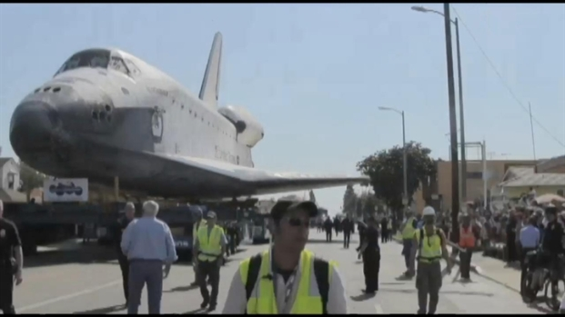 [LA] Time Lapse: Space Shuttle Endeavour's Weekend-Long Journey in 2 Minutes