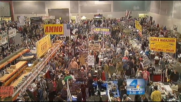 [LA] Ontario Gun Show Draws Thousands to Stock Up, Send a Message