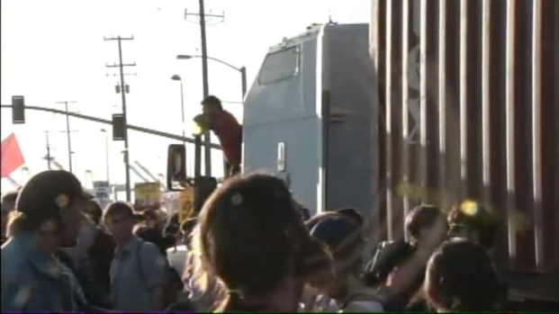 [BAY] General Strike Shuts Down Port of Oakland
