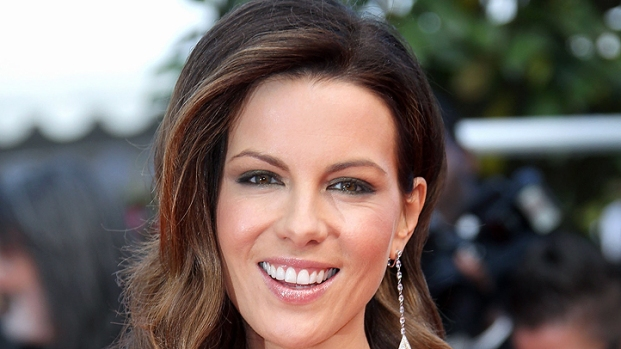 [NBCAH] Kate Beckinsale Gets Into Fighting Shape