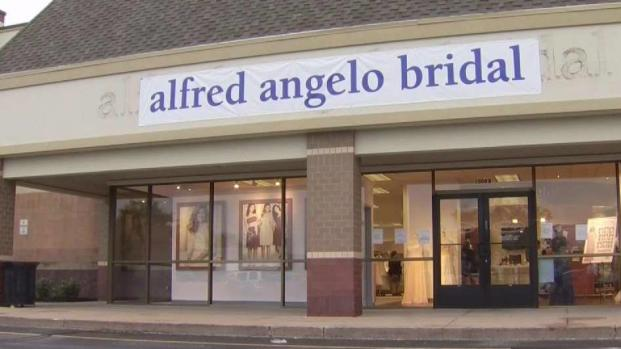 Girard bridal shop ready to help Valley brides in need