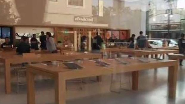 [BAY] Another Apple Store Hit by Brazen Robbers in Burlingame