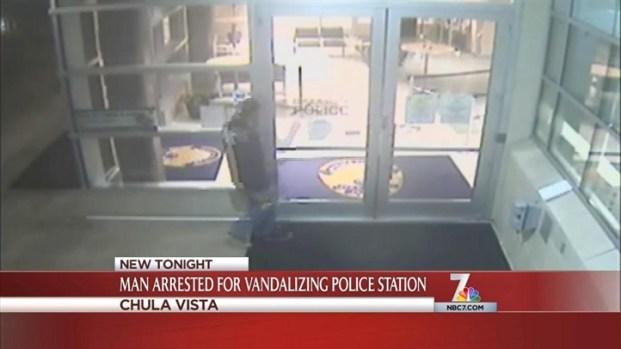 [DGO] Man Vandalizes Police Dept. Moments After Release