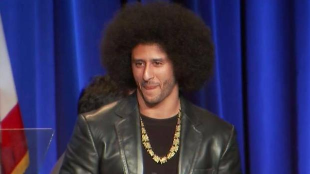 [BAY] Colin Kaepernick Honored at ACLU Event in Beverly Hills