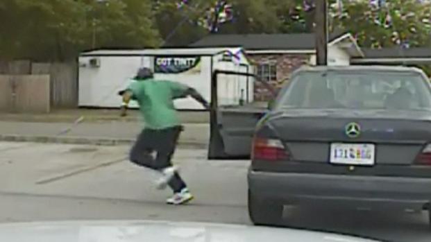 [NATL] WATCH: Dash Cam Shows Traffic Stop of Walter Scott