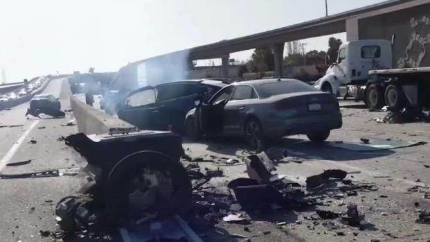 [BAY] Driver Dies Following Fiery Tesla Model X Crash on U.S. Hwy. 101 in Mountain View