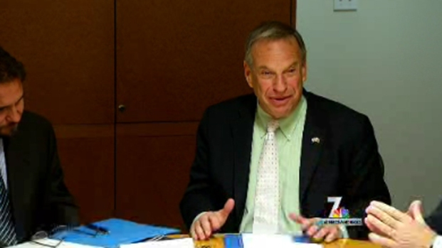 [DGO]Second Alleged Victim Describes San Diego Mayor Bob Filner Incident