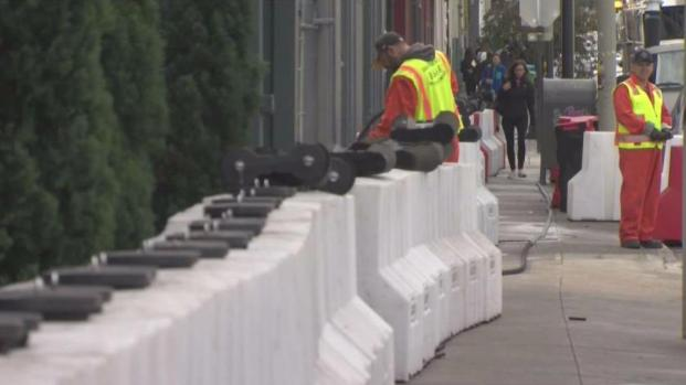 Flood Barriers Return to Folsom Street in San Francisco