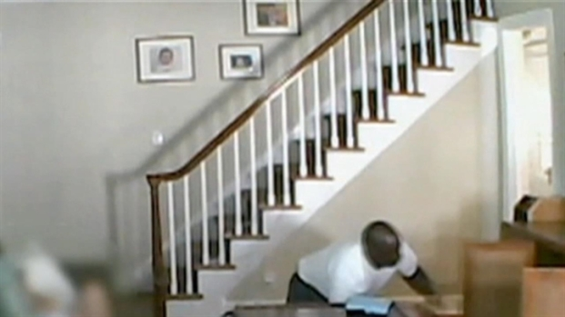 [NY] Nanny Cam: Intruder Attacks NJ Mom in Front of Child