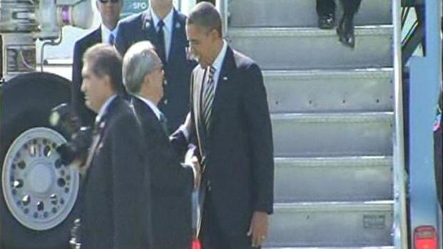 [BAY] Raw Video: Pres Obama Arrives at SFO
