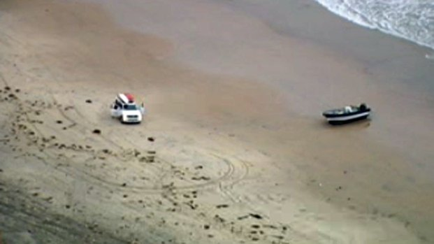[DGO] Panga Boat Found in Blacks Beach