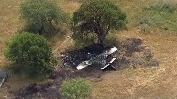 [DFW] 1 Dead, 3 Injured in Small Plane Crash