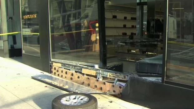 [BAY] SF Police Investigate Smash-and-Grab at Saint Laurent Store