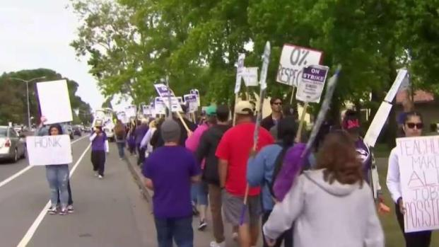 [BAY] State Superintendent Steps In To Help New Haven Teacher Strike