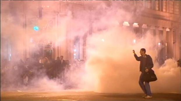 [BAY] Raw Video: Police Fire Tear Gas in Oakland