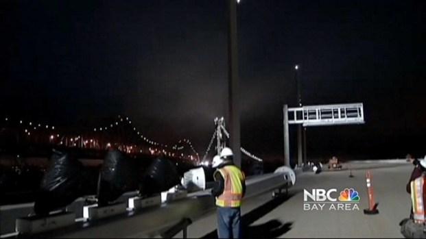 [BAY] Bay Bridge Lights Up