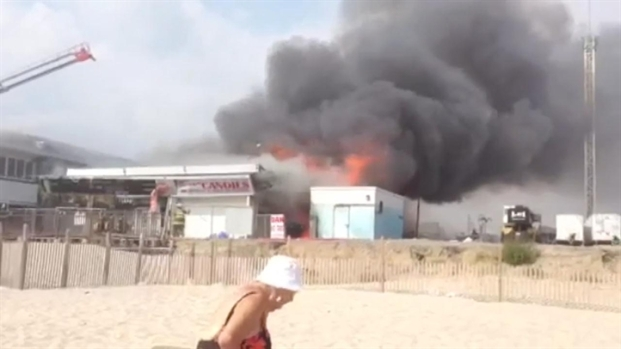 [PHI] RAW: Fire Burns Along N.J. Boardwalk