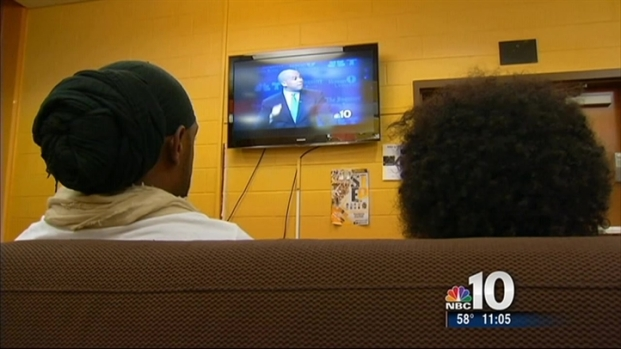 [PHI] Students Hold Watch Parties for Senate Debate