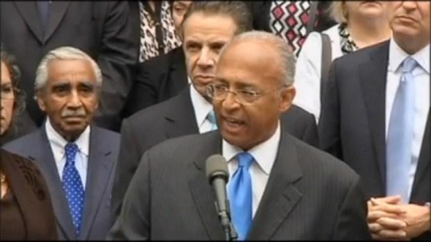 [NY] WATCH: Bill Thompson Concedes NYC Democratic Primary to Bill de Blasio