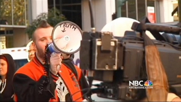 [BAY] Protesters Gather in Oakland for Occupy Anniversary