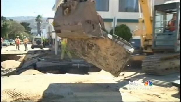 [BAY] Water Main Break Causes SF Sinkhole
