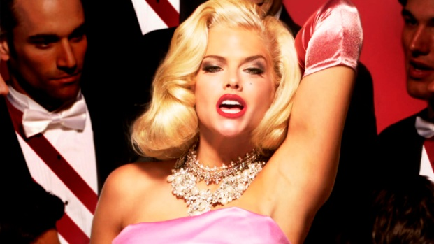 [NATL] Anna Nicole Smith House Up for Grabs