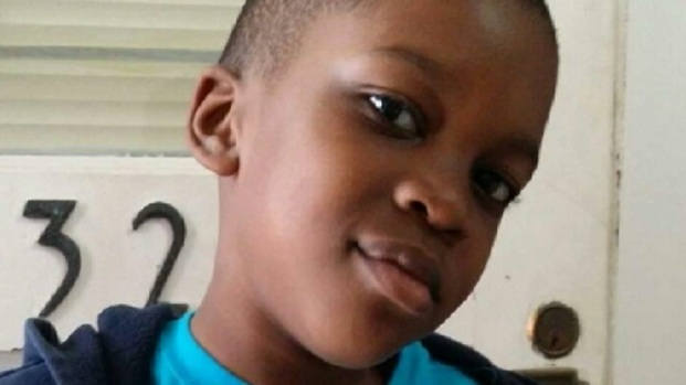 [CHI] Vigil Held for Slain 9-Year-Old Boy